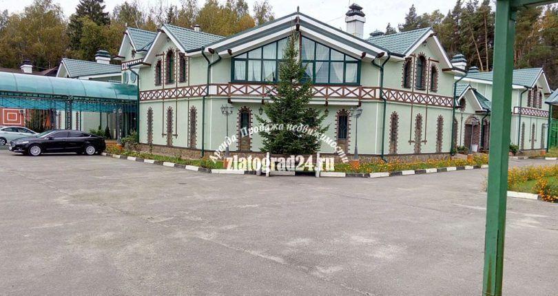 Щелковское ш., 20 км, Изумрудный город с большим залом
