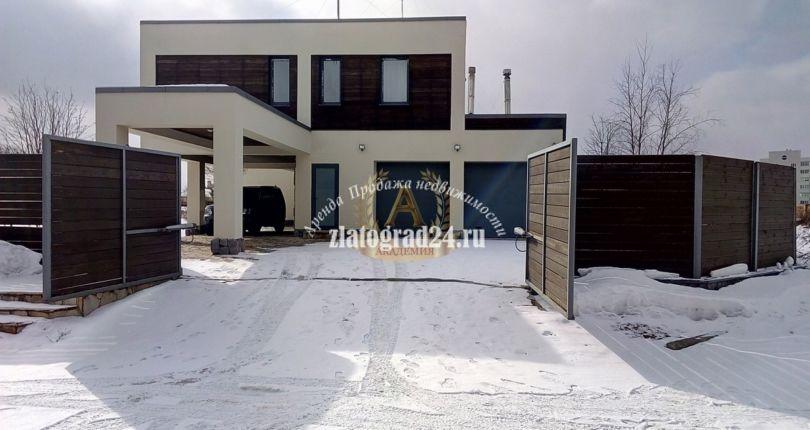 Дом 800 м²  Новорижское ш. 18 км Бузланово  Красногорский р-н